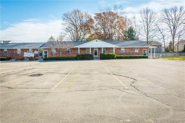 901 Michigan Avenue, Marysville, MI 48040 (MLS #R217099237) :: Berkshire Hathaway HomeServices Snyder & Company, Realtors®