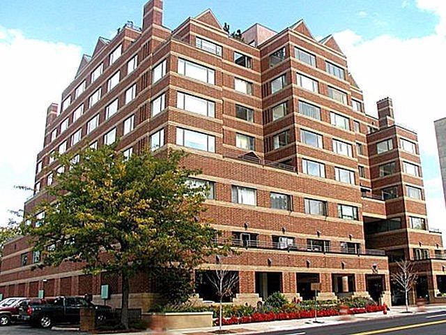 505 E Huron Street #409, Ann Arbor, MI 48104 (MLS #3251379) :: The Toth Team