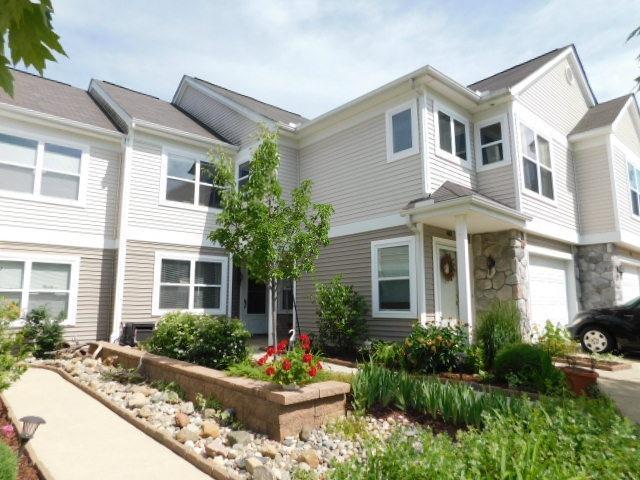 617 W Fieldstone Circle, Chelsea, MI 48118 (MLS #3257856) :: Berkshire Hathaway HomeServices Snyder & Company, Realtors®