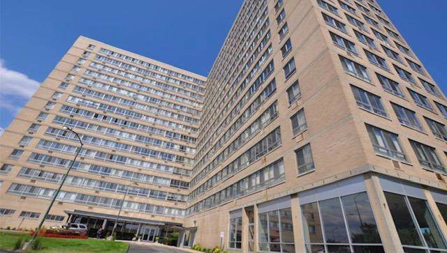 8900 E Jefferson Avenue #230, Detroit, MI 48214 (MLS #3268965) :: The Toth Team