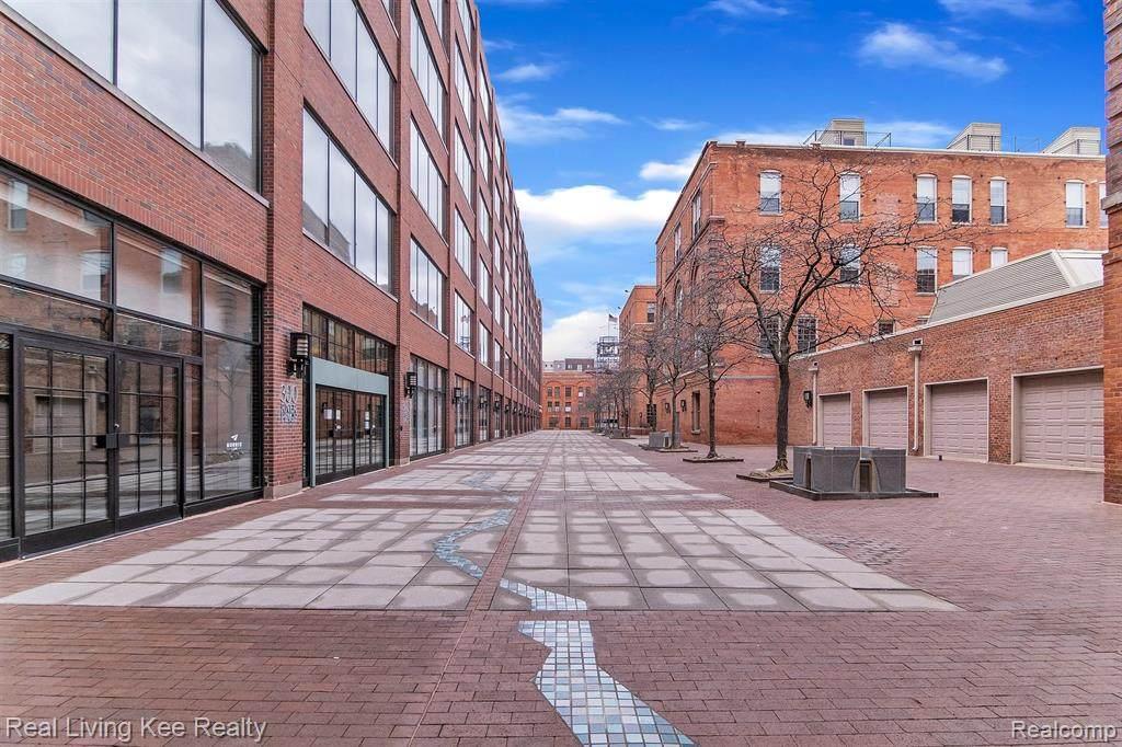 200 River Place Dr # 49/411 - Photo 1