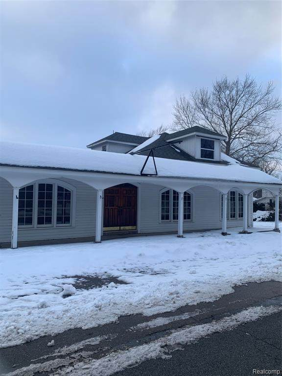 323 Jefferson Street, Lapeer, MI 48446 (MLS #R2210023568) :: Berkshire Hathaway HomeServices Snyder & Company, Realtors®