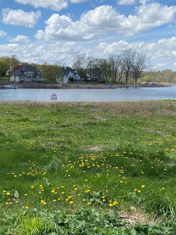 16124 Scenic View Drive, Linden, MI 48451 (MLS #R2210031088) :: Berkshire Hathaway HomeServices Snyder & Company, Realtors®