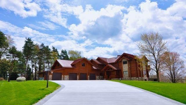 9047 Thornapple Drive, Pinckney, MI 48169 (MLS #3280656) :: Berkshire Hathaway HomeServices Snyder & Company, Realtors®