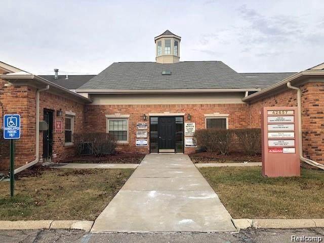 42657 Garfield Road #213, Clinton, MI 48038 (MLS #R2210032077) :: Berkshire Hathaway HomeServices Snyder & Company, Realtors®