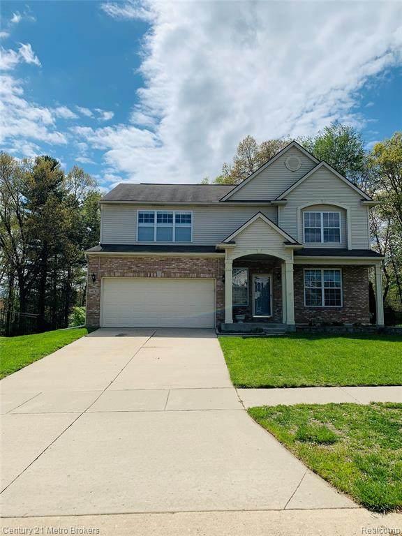 426 Ridgewood Drive, Ortonville, MI 48462 (MLS #R2210033497) :: Berkshire Hathaway HomeServices Snyder & Company, Realtors®