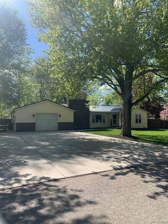 6840 Walter Street, Brown City, MI 48416 (MLS #R2210034893) :: Berkshire Hathaway HomeServices Snyder & Company, Realtors®