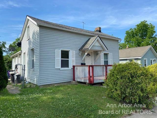 524 Maus Avenue, Ypsilanti, MI 48198 (MLS #3281884) :: Berkshire Hathaway HomeServices Snyder & Company, Realtors®
