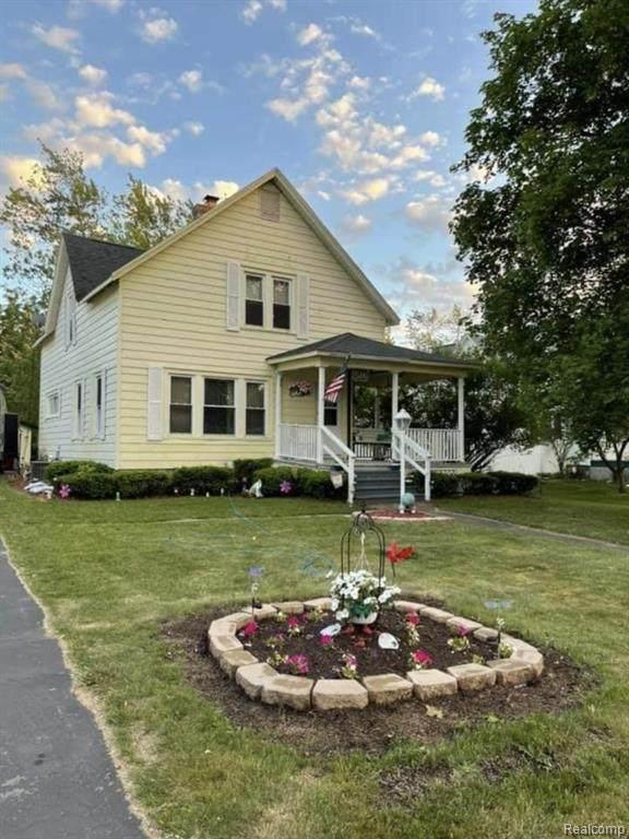 516 W Huron Avenue W, Bad Axe, MI 48413 (MLS #R2210047147) :: Berkshire Hathaway HomeServices Snyder & Company, Realtors®