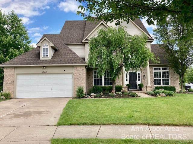 3206 Pine Bluff Court, Ann Arbor, MI 48105 (MLS #3281936) :: Berkshire Hathaway HomeServices Snyder & Company, Realtors®