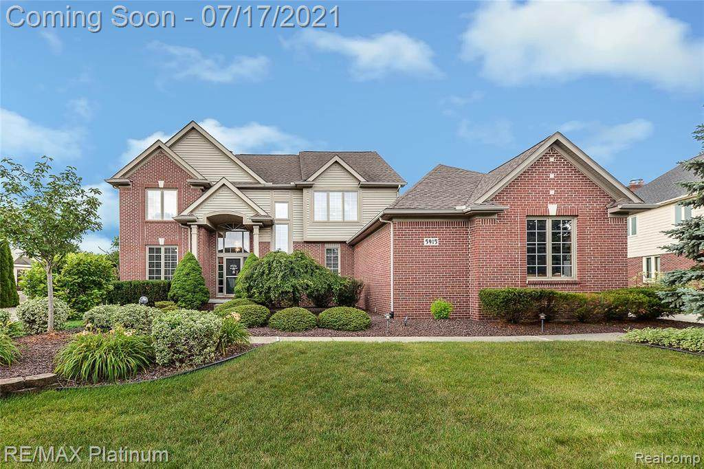 5915 Valley View Drive - Photo 1