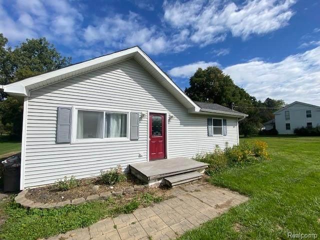 8281 E Lippincott Boulevard, Davison, MI 48423 (MLS #R2210076253) :: Berkshire Hathaway HomeServices Snyder & Company, Realtors®