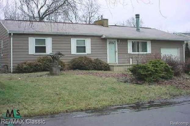 3825 Fieldview Avenue, West Bloomfield, MI 48324 (MLS #R2210078960) :: Berkshire Hathaway HomeServices Snyder & Company, Realtors®