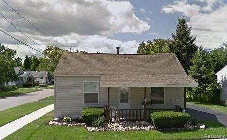4022 Tuxedo Avenue, Flint, MI 48507 (MLS #R2210075667) :: Berkshire Hathaway HomeServices Snyder & Company, Realtors®