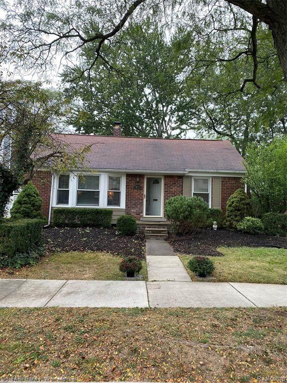 1898 Henrietta Street, Birmingham, MI 48009 (MLS #R2210080228) :: Berkshire Hathaway HomeServices Snyder & Company, Realtors®