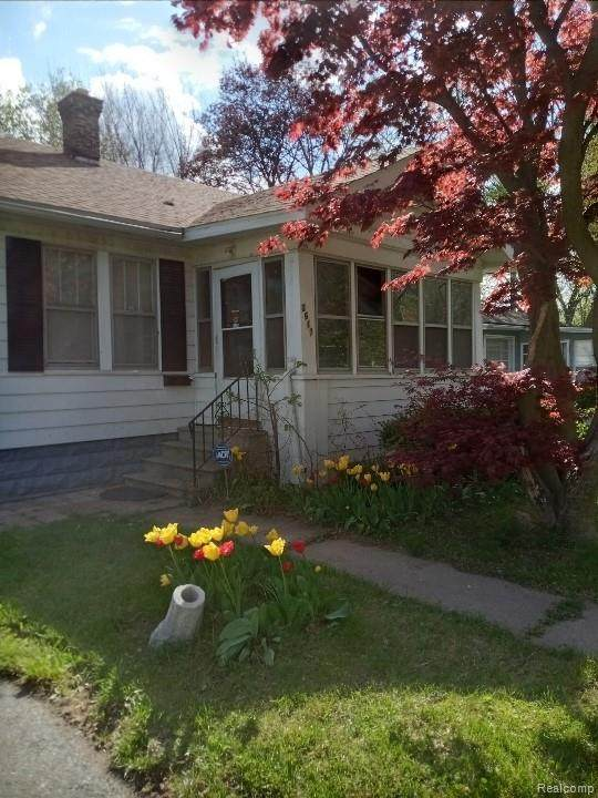 2617 Sloan Street, Flint, MI 48504 (MLS #R2210082748) :: Berkshire Hathaway HomeServices Snyder & Company, Realtors®