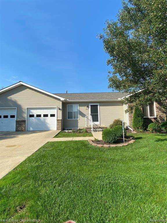 251 Michigan Drive, Marine City, MI 48039 (MLS #R2210085596) :: Berkshire Hathaway HomeServices Snyder & Company, Realtors®