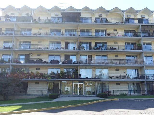 8300 E Jefferson Avenue #203, Detroit, MI 48214 (MLS #R2210087758) :: Berkshire Hathaway HomeServices Snyder & Company, Realtors®
