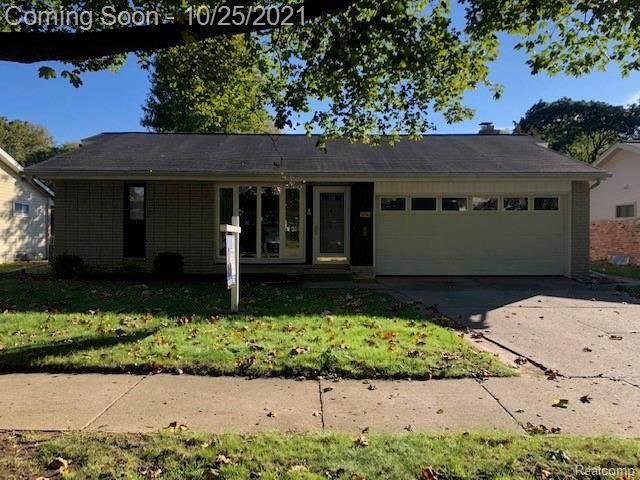 14718 Ronnie Lane W, Livonia, MI 48154 (MLS #R2210087598) :: Berkshire Hathaway HomeServices Snyder & Company, Realtors®