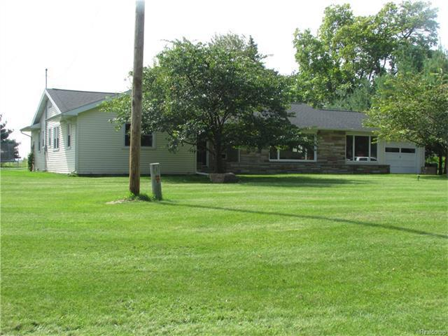 16961 Colvin Road, Realcomp Out Of Area, MI 48655 (MLS #R217021114) :: The Toth Team