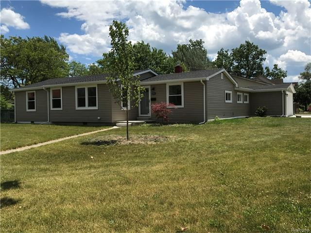 14531 Parkview Street, Riverview, MI 48193 (MLS #R217054259) :: The Toth Team