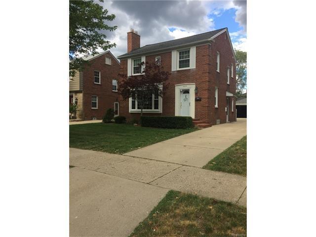 604 N Silvery Lane, Dearborn, MI 48128 (MLS #R217054476) :: Berkshire Hathaway HomeServices Snyder & Company, Realtors®