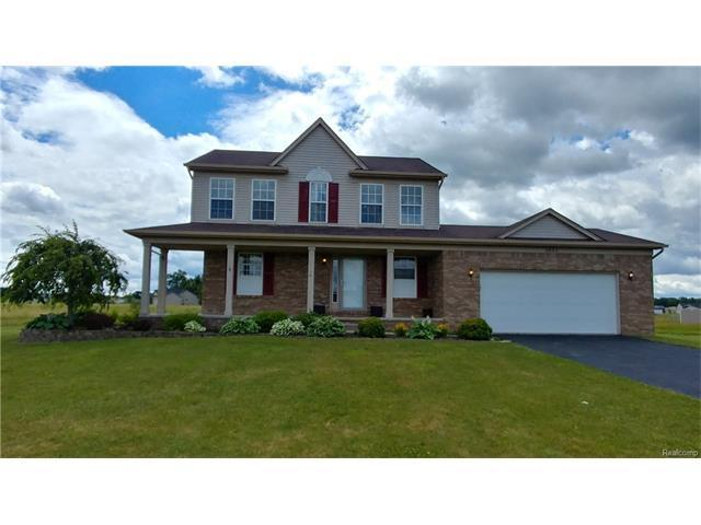 1451 Woodlake Lane, Grand Blanc, MI 48439 (MLS #R217054934) :: The Toth Team