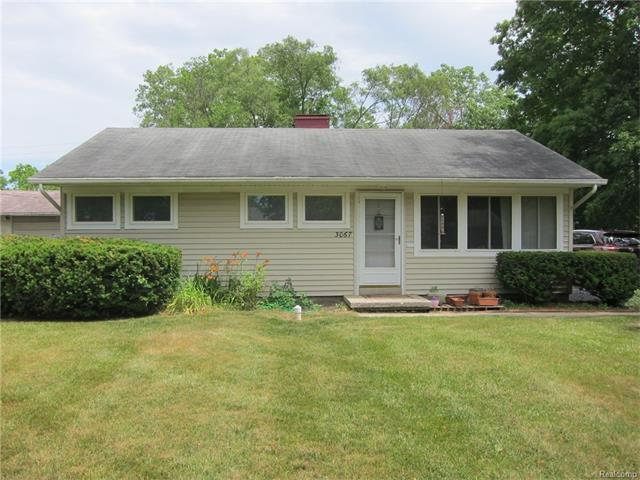 3067 Woodmanor, Ann Arbor, MI 48108 (MLS #R217062977) :: Berkshire Hathaway HomeServices Snyder & Company, Realtors®