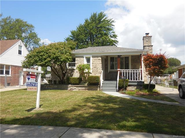 21803 Statler Street, Realcomp Out Of Area, MI 48081 (MLS #R217072351) :: The Toth Team
