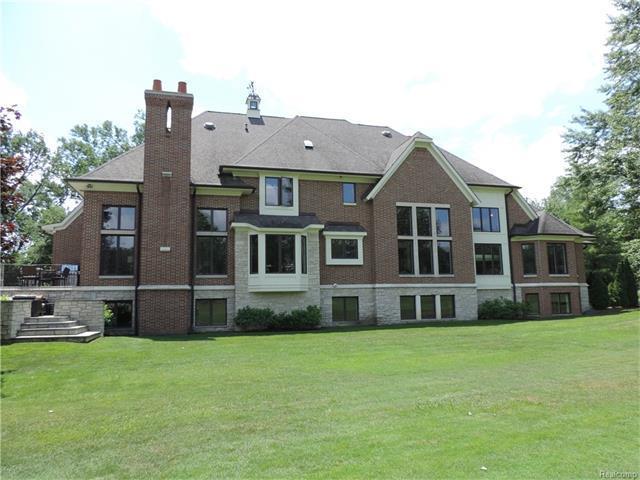 1254 Cedarholm Lane, Bloomfield Hills, MI 48302 (MLS #R217082678) :: The Toth Team