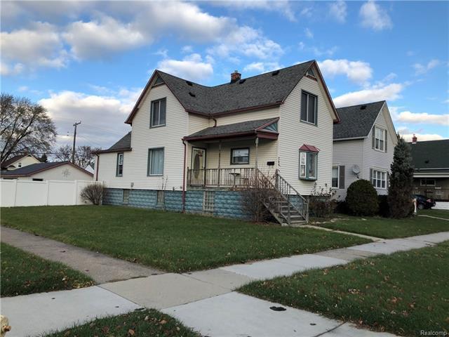 764 Forest Street, Wyandotte, MI 48192 (MLS #R217104659) :: Berkshire Hathaway HomeServices Snyder & Company, Realtors®