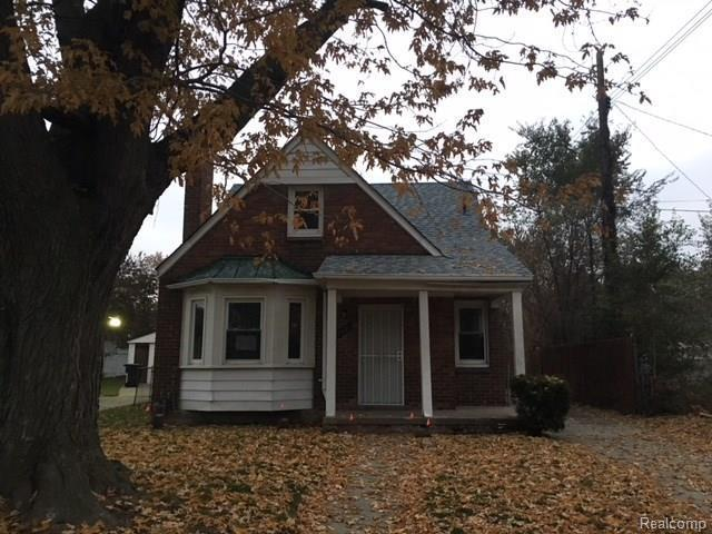 17526 Lesure Street, Detroit, MI 48235 (MLS #R217104660) :: Berkshire Hathaway HomeServices Snyder & Company, Realtors®