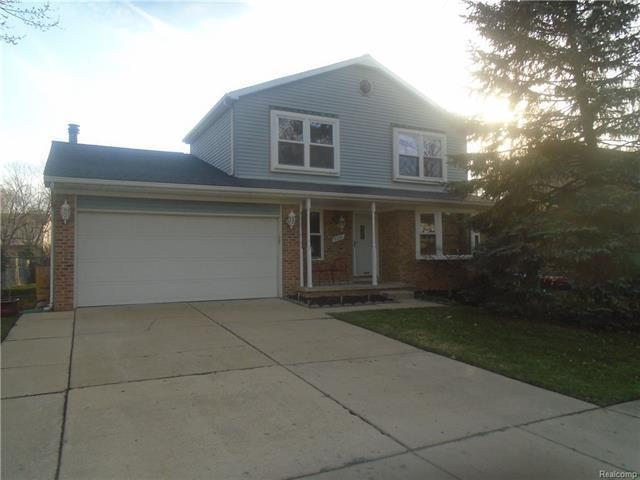 5231 Applewood, Ypsilanti, MI 48197 (MLS #R218033533) :: The Toth Team