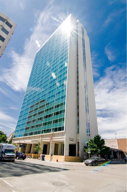 555 E William St, Ann Arbor, MI 48104 (MLS #R218064588) :: Berkshire Hathaway HomeServices Snyder & Company, Realtors®