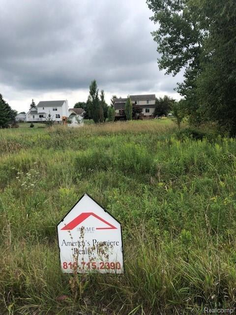 11144 Maple Shores Dr, Goodrich, MI 48438 (MLS #R218080836) :: Berkshire Hathaway HomeServices Snyder & Company, Realtors®