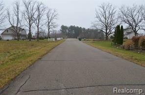 0 Iosco Mountain Rd, Brighton, MI 48116 (MLS #R218102295) :: The Toth Team
