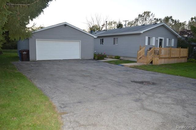 4791 Sycamore Rd, Newport, MI 48166 (MLS #R218103001) :: The Toth Team