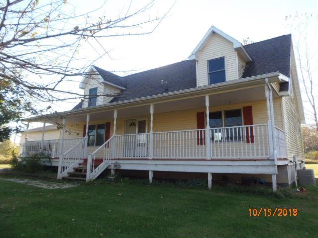 660 S Gregory Rd, Fowlerville, MI 48836 (MLS #R218111282) :: Berkshire Hathaway HomeServices Snyder & Company, Realtors®