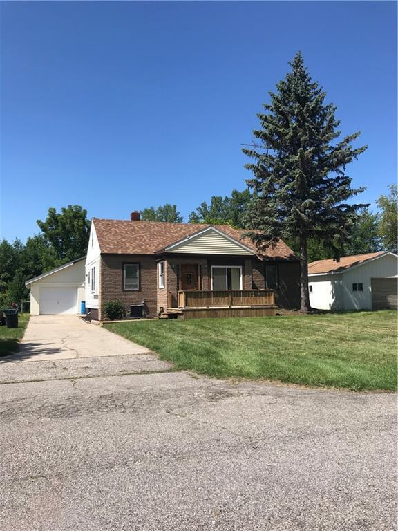 2724 Yeager St, Port Huron, MI 48060 (MLS #R218111968) :: The Toth Team