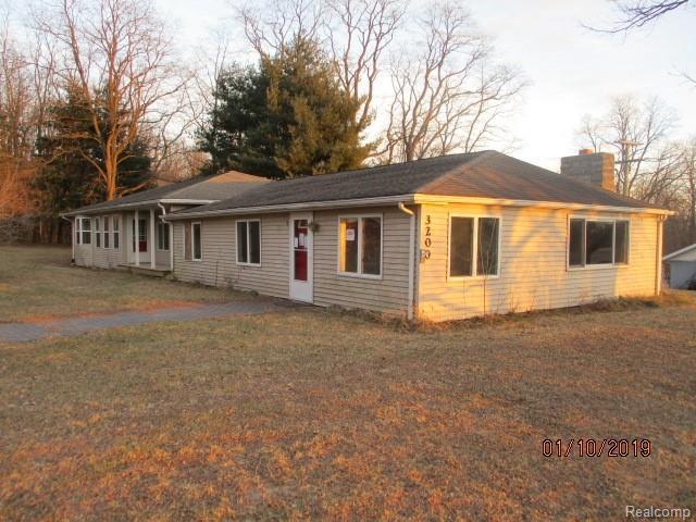 3200 Mckinley Rd, Chelsea, MI 48118 (MLS #R219013144) :: Keller Williams Ann Arbor