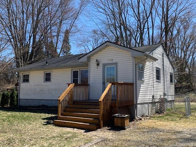 379 W Brooklyn Ave, Pontiac, MI 48340 (MLS #R219035425) :: The Toth Team