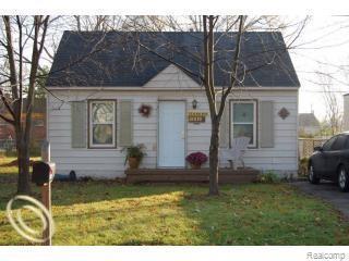 22830 Albion Ave, Farmington Hills, MI 48336 (MLS #R219035557) :: Tyler Stipe Team   RE/MAX Platinum