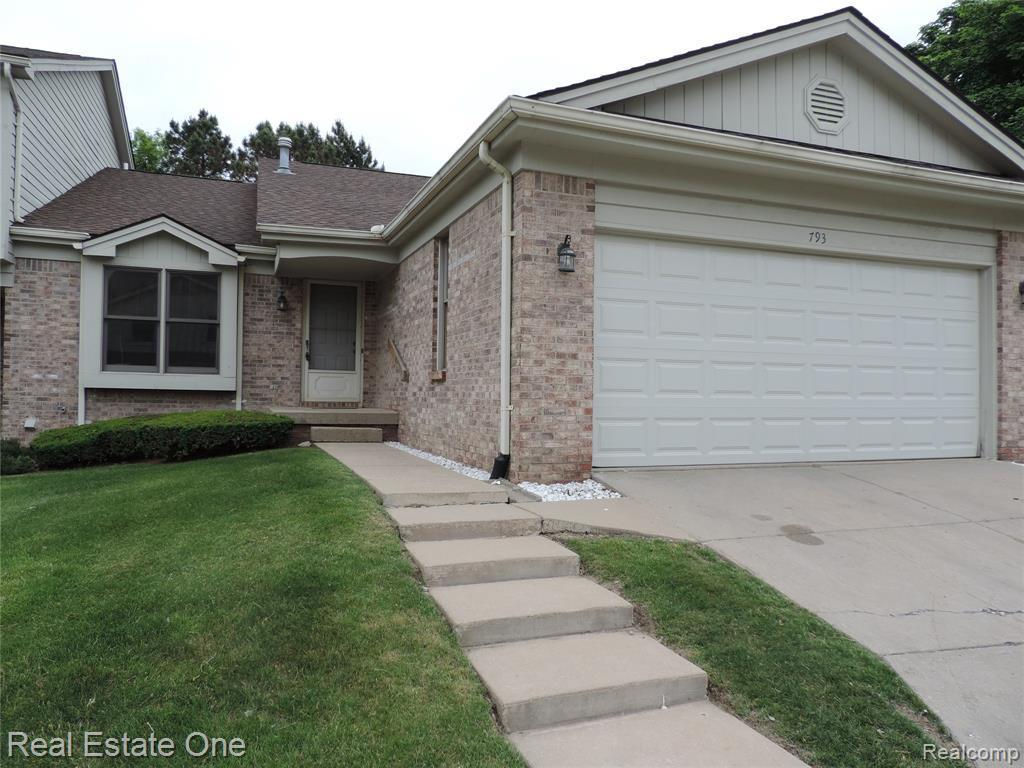 793 Promontory Dr - Photo 1
