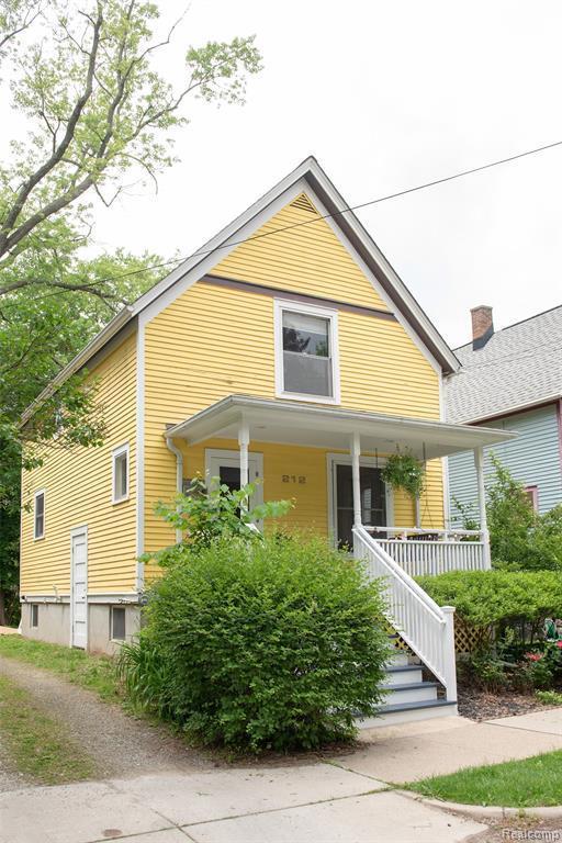 212 Murray Ave, Ann Arbor, MI 48103 (MLS #R219059157) :: Berkshire Hathaway HomeServices Snyder & Company, Realtors®