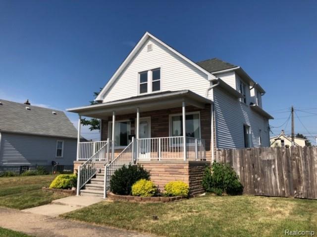 3373 12th St, Wyandotte, MI 48192 (MLS #R219071181) :: Berkshire Hathaway HomeServices Snyder & Company, Realtors®