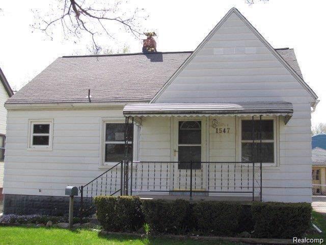 1547 Richmond Ave, Pontiac, MI 48340 (MLS #R219086404) :: The Toth Team