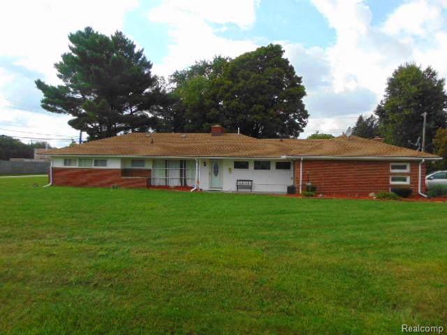 29325 Bermuda Ln, Southfield, MI 48076 (MLS #R219095673) :: Berkshire Hathaway HomeServices Snyder & Company, Realtors®