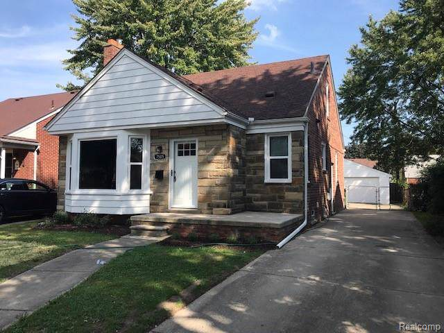 7505 Buckingham Ave, Allen Park, MI 48101 (MLS #R219097758) :: Berkshire Hathaway HomeServices Snyder & Company, Realtors®