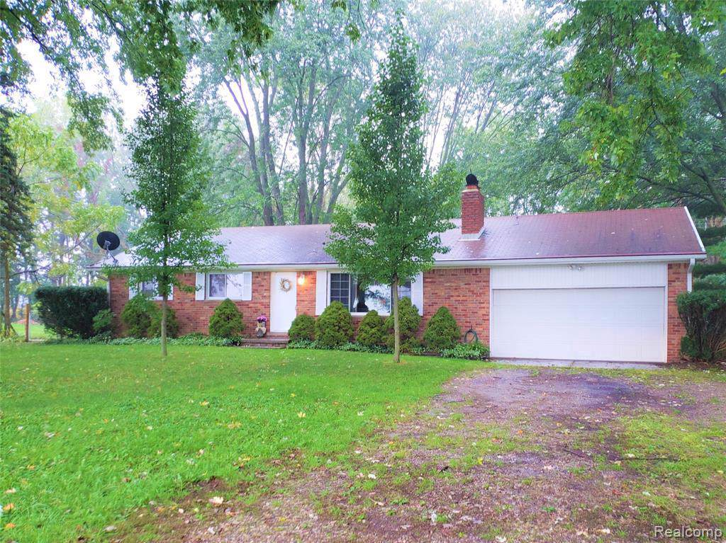 5381 Oak Grove Rd - Photo 1