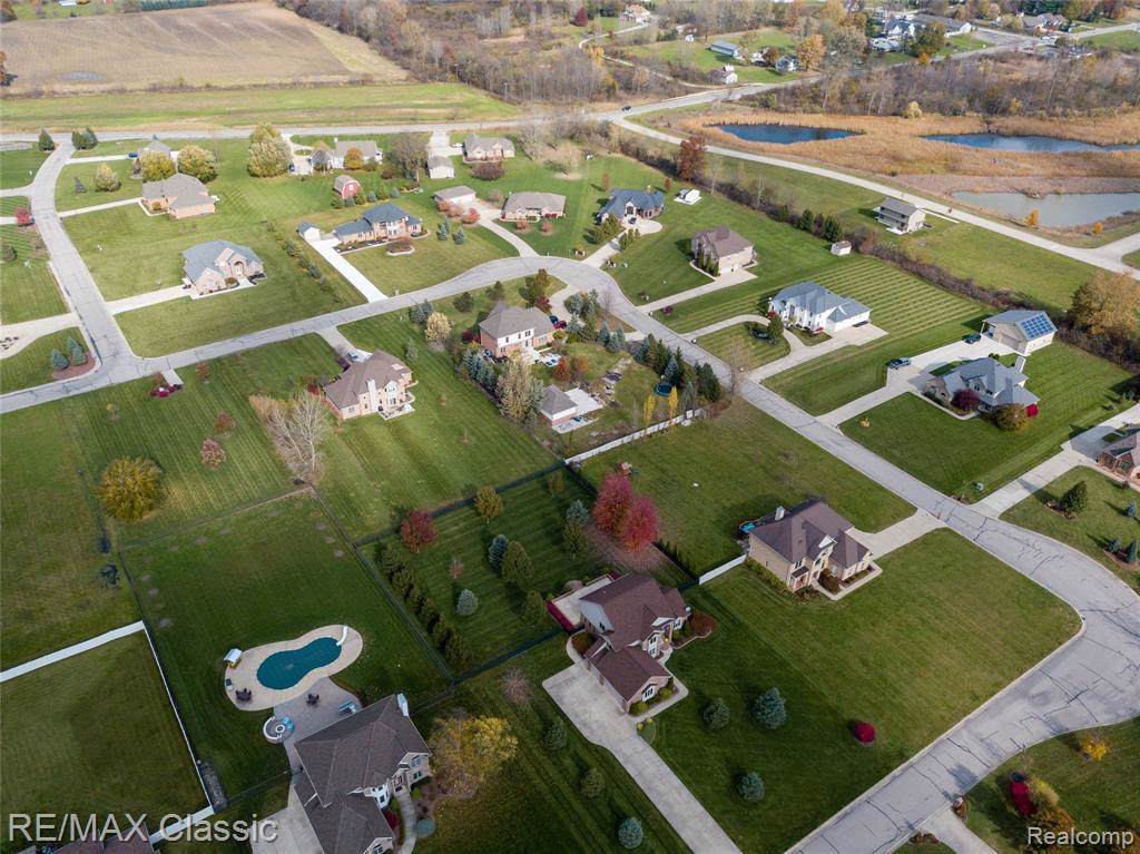 38615 Willow Rd - Photo 1